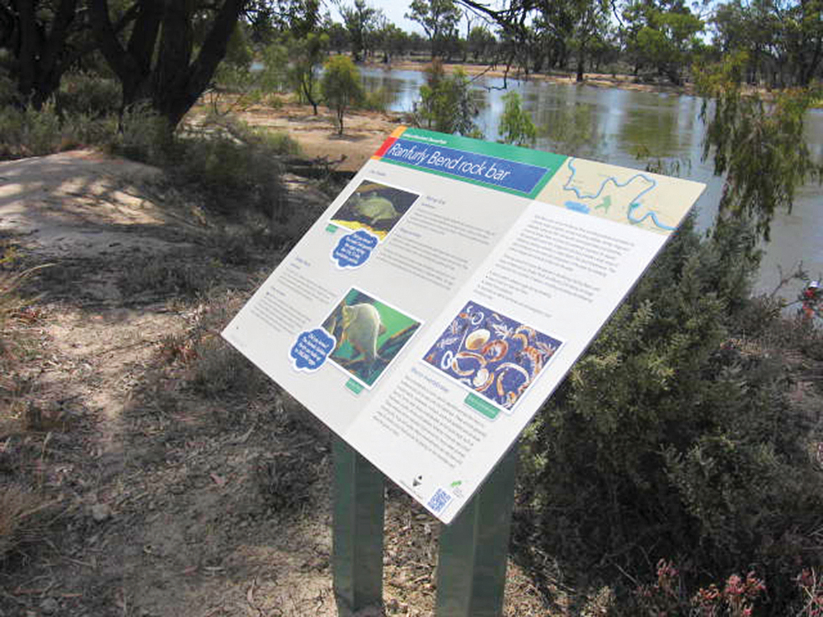 Mildura shared path signs
