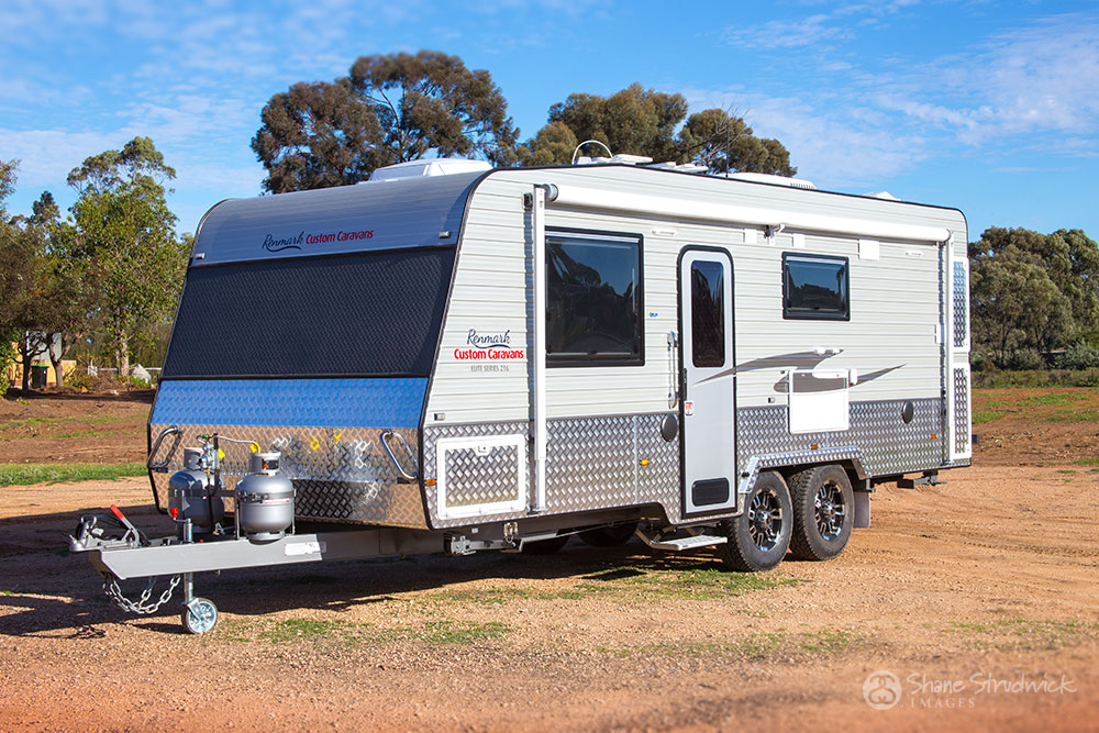 Renmark Custom Caravans van signage