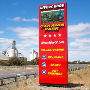 Rivers Edge Caravan Park sign