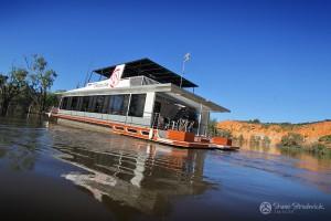 Shane-Strudwick-Images-Houseboats-16
