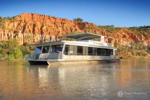 Shane-Strudwick-Images-Houseboats-21