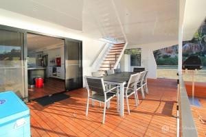 Shane-Strudwick-Images-Houseboats-23