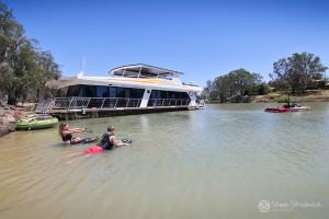 Shane-Strudwick-Images-Houseboats-4