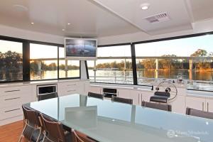 Shane-Strudwick-Images-Houseboats-6